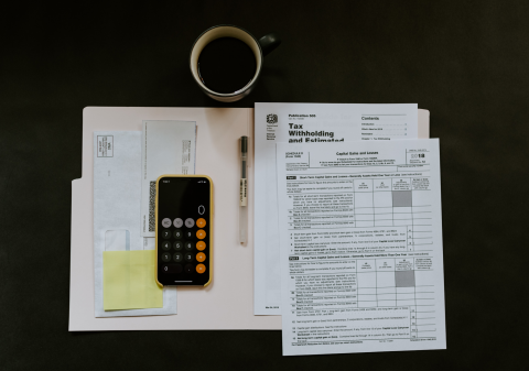 accountants-payroll-vault-unsplash